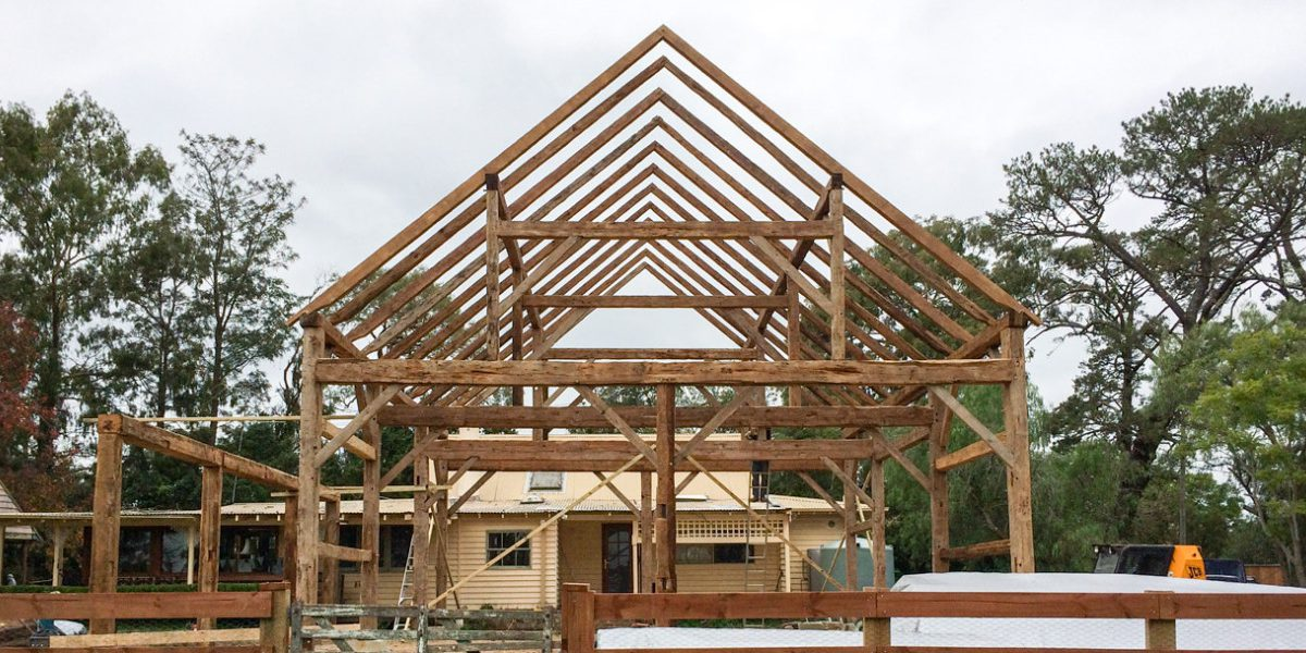 American-Timber-Frame-Home-Restored-in-Australia-1380x600